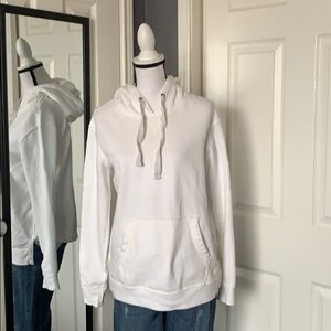 NEW LISTING! Abercrombie & Fitch white hoodie